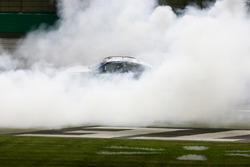 Martin Truex Jr., Furniture Row Racing Toyota Camry, Celebrates with a burnout.