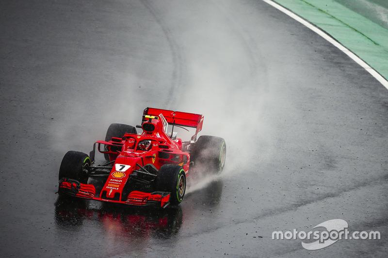 3: Kimi Raikkonen, Ferrari SF71H, 1'36.186