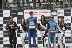 Podium: 1. Alexander Rossi, Andretti Autosport Honda; 2. Will Power, Team Penske Chevrolet; 3. Ed Jo