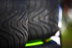 Pneus intermédiaires Pirelli