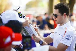 Stoffel Vandoorne, McLaren met de fans