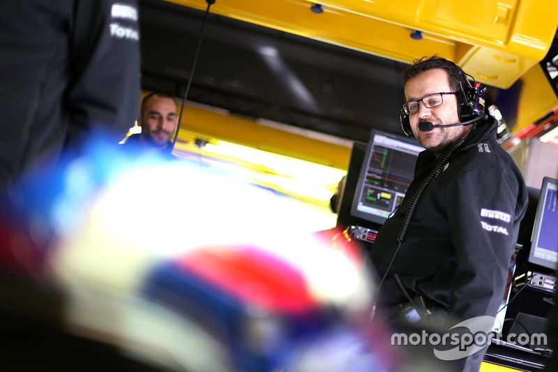 Julien Simon-Chautemps, Renault Sport F1 Team