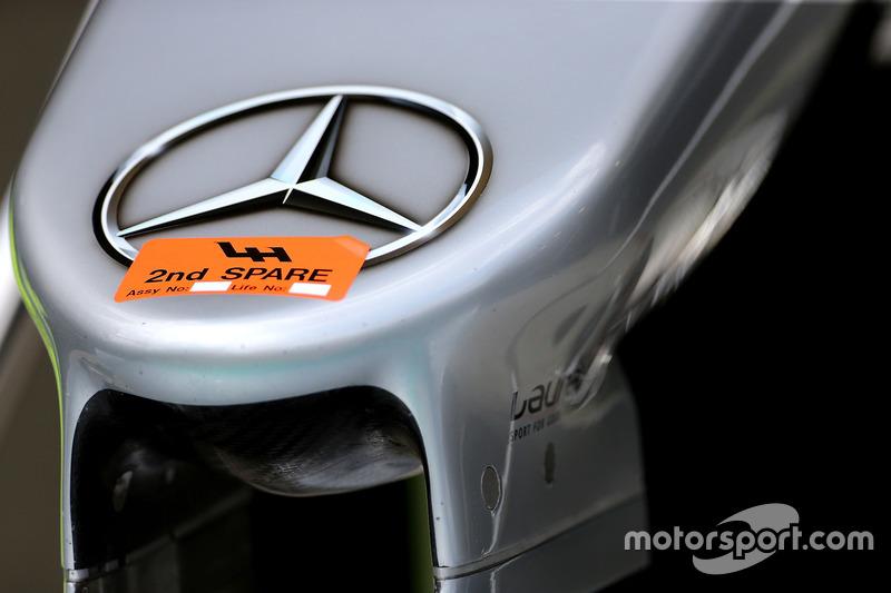Lewis Hamilton, Mercedes AMG F1 W07 Hybrid, nosecone