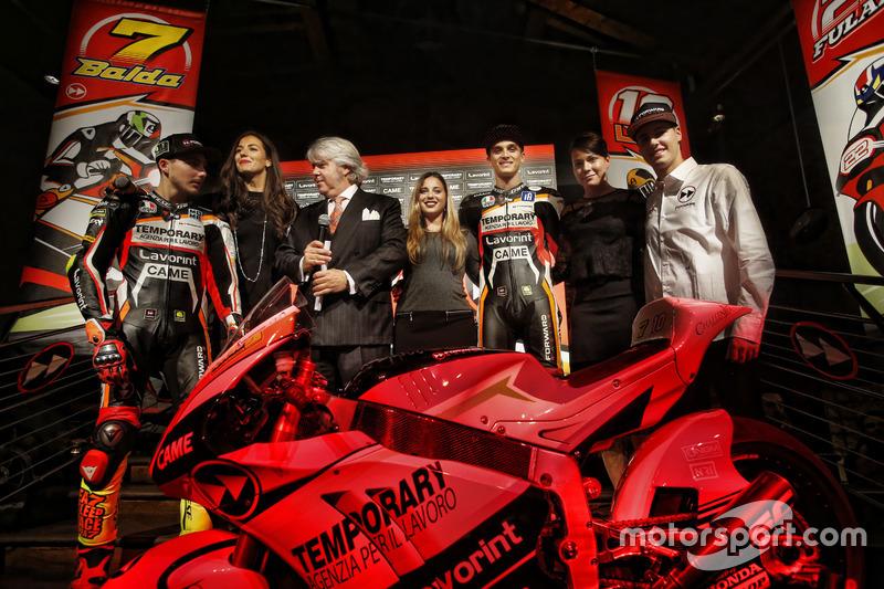Giovanni Cuzari with Luca Marini, Lorenzo Baldassarri, Forward Racing, Federico Fuligni