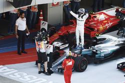 Победитель Валттери Боттас, Mercedes AMG F1