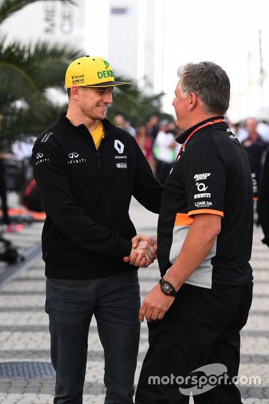 Nico Hulkenberg, Renault Sport F1 Team and Otmar Szafnauer, Force India Formula One Team Chief Opera