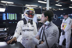 Lewis Hamilton, Mercedes AMG, with Toto Wolff, Executive Director (Business), Mercedes AMG