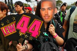 Lewis Hamilton, Mercedes AMG F1 fans