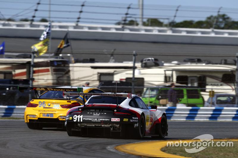 #911 Porsche Team North America Porsche 911 RSR: Patrick Pilet, Dirk Werner, Frédéric Makowiecki; #9