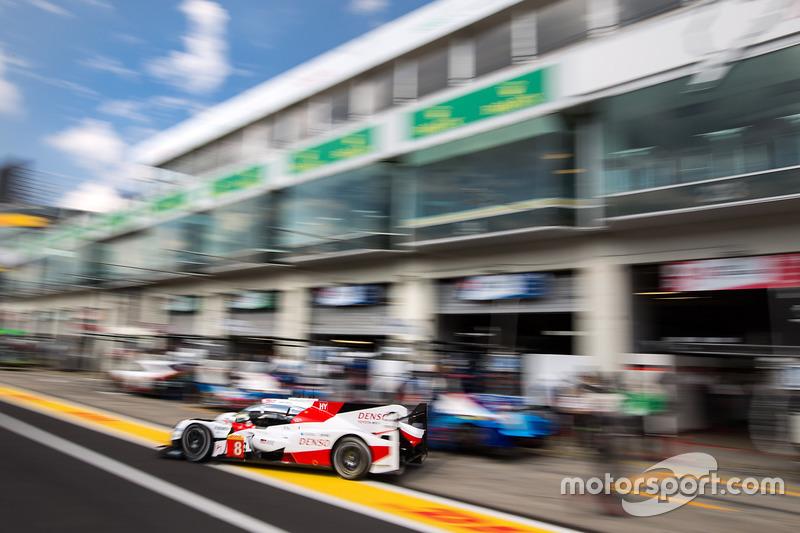 #8 Toyota Gazoo Racing Toyota TS050 Hybrid: Ентоні Девідсон, Себастьян Буемі, Казукі Накадзіма