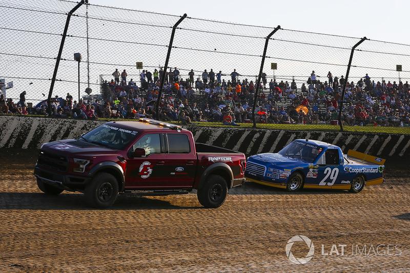 Ford Raptor Pace Truck y Chase Briscoe, Brad Keselowski Racing Ford