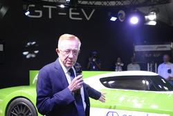 Don Panoz présente la Panoz Racing GT-EV