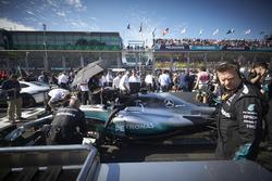 Mercedes AMG F1 W08 Льюиса Хэмилтона на стратовой решетке