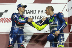 Podium: race winner Maverick Viñales, Yamaha Factory Racing, third place Valentino Rossi, Yamaha Fac