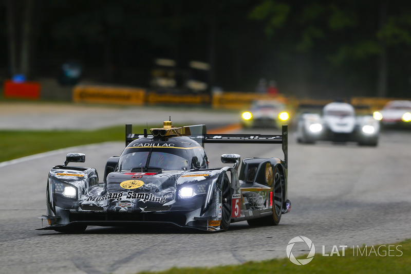 #5 Action Express Racing Cadillac DPi: Жоау Барбоза, Крістіан Фіттіпальді