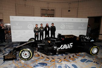 Kevin Magnussen, Haas F1 Team, Romain Grosjean, Haas F1 Team, William Storey, CEO Rich Energy and Guenther Steiner, Team Principal, Haas F1