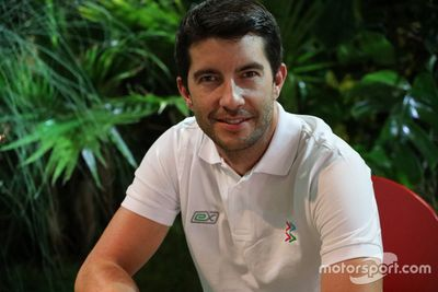 Thinking Forward - Mike Rockenfeller
