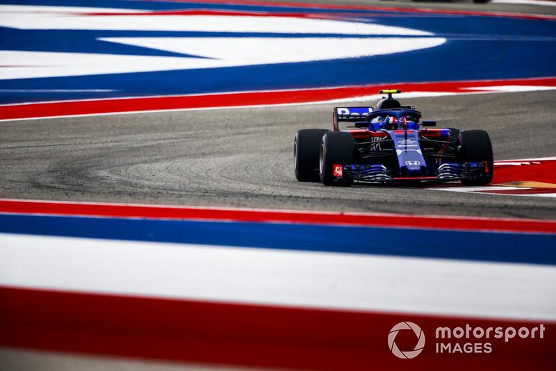 19º Pierre Gasly, Scuderia Toro Rosso STR13 (sanción por cambios en el motor)