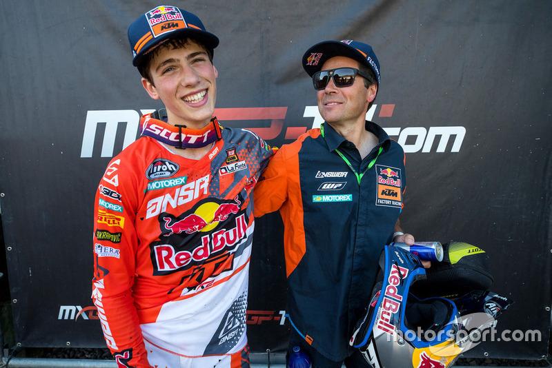 Jorge Prado, KTM Factory Racing, y su padre, Jesús