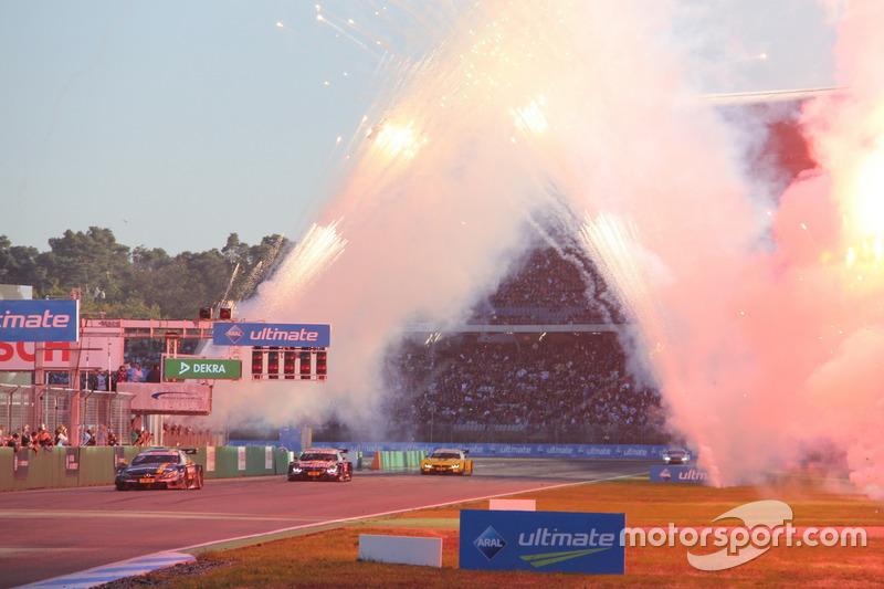 Paul Di Resta, Mercedes-AMG Team HWA, Mercedes-AMG C63 DTM; Marco Wittmann, BMW Team RMG, BMW M4 DTM y Timo Glock, BMW Team RMG, BMW M4 DTM