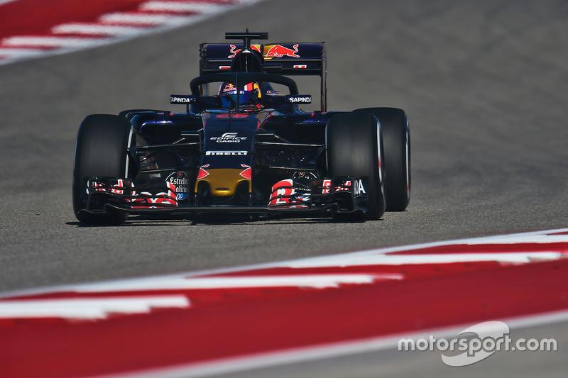 Daniil Kvyat, Scuderia Toro Rosso STR11, mit Cockpitschutz Halo