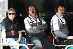 Gene Haas, Haas Automotion President, Guenther Steiner, Haas F1 Team Principal and Dave O'Neill, Haas F1 Team Team Manager