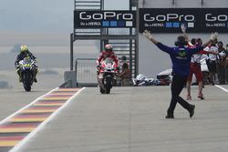 Зміна мотоциклів Андреа Довіціозо, Ducati Team та Валентино Россі, Yamaha Factory Racing