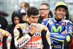 Marc Marquez, Repsol Honda Team injured chin after crash and Valentino Rossi, Yamaha Factory Racing