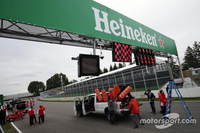Heineken branding on the circuit