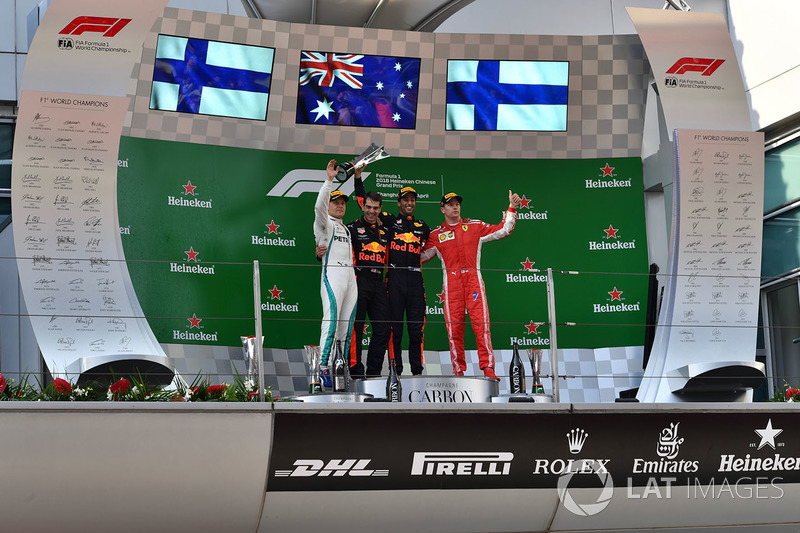 Race winner Daniel Ricciardo, Red Bull Racing, second place Valtteri Bottas, Mercedes-AMG F1, third place Kimi Raikkonen, Ferrari