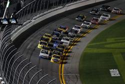 Race action, David Gilliland, Kyle Busch Motorsports Toyota Tundra leads