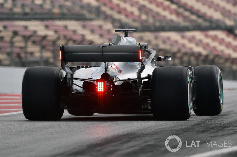 Lewis Hamilton, Mercedes-AMG F1 W09 with rear wing lights