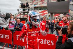 El ganador, Giuliano Alesi, Trident