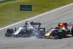 Felipe Massa, Williams FW40, en lutte avec Max Verstappen, Red Bull Racing RB13