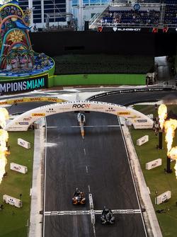 Team Brazil Felipe Massa, beats Team Colombia Gabby Chaves, driving the Polaris Slingshot SLR