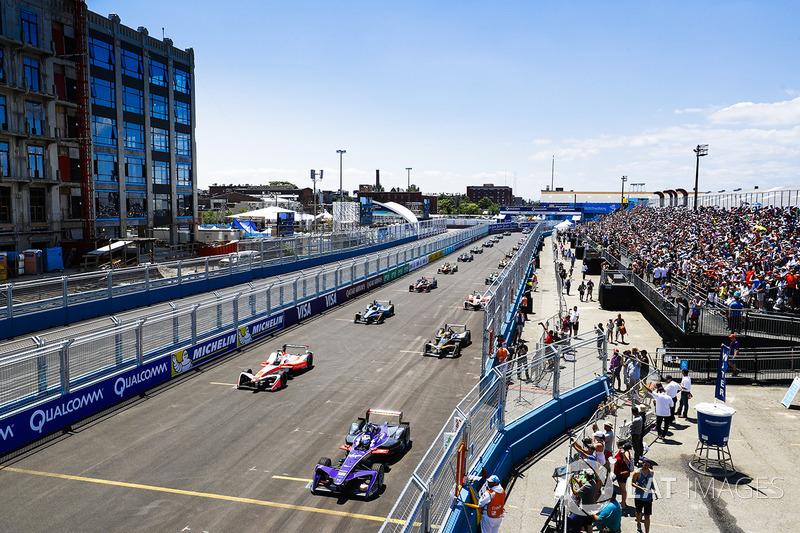 Sam Bird, DS Virgin Racing, y Felix Rosenqvist, Mahindra Racing,