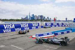Stéphane Sarrazin, Techeetah, leadsAdam Carroll, Jaguar Racing