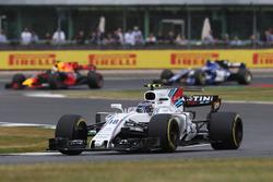 Lance Stroll, Williams FW40, Daniel Ricciardo, Red Bull Racing RB13, Pascal Wehrlein, Sauber C36