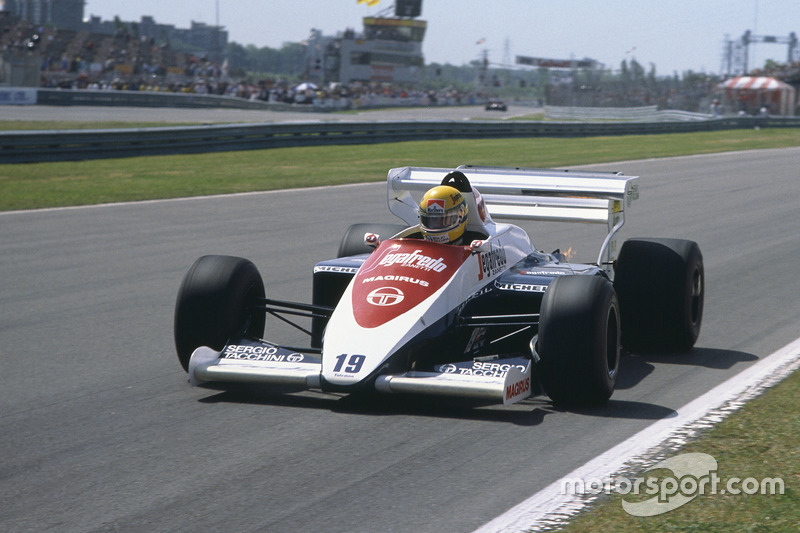 24 роки - дебют у Формулі 1