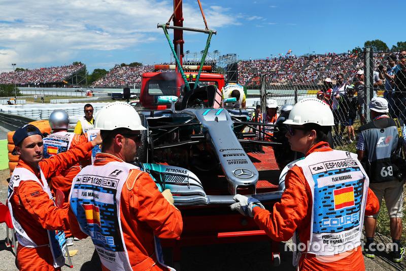 El coche retirado de  Valtteri Bottas, Mercedes-Benz F1 W08