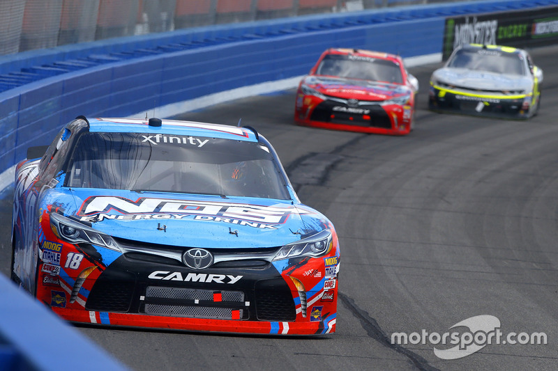 Kyle Busch, Joe Gibbs Racing Toyota, Erik Jones, Joe Gibbs Racing Toyota