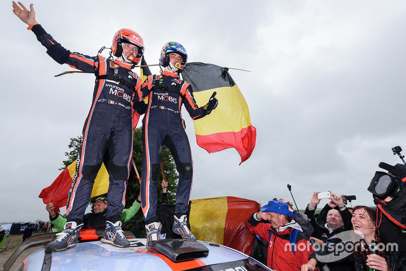 Winners Thierry Neuville, Nicolas Gilsoul, Hyundai Motorsport