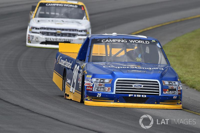 Chase Briscoe, Brad Keselowski Racing Ford, Kaz Grala, GMS Racing Chevrolet