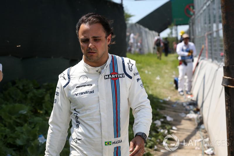 Porém, Massa sofreu alguns azares: problemas na Rússia, Espanha, Canadá e Azerbaijão impossibilitaram melhores resultados.
