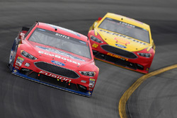 Greg Biffle, Roush Fenway Racing Ford, Joey Logano, Team Penske Ford