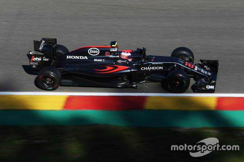 9. Jenson Button, McLaren MP4-31