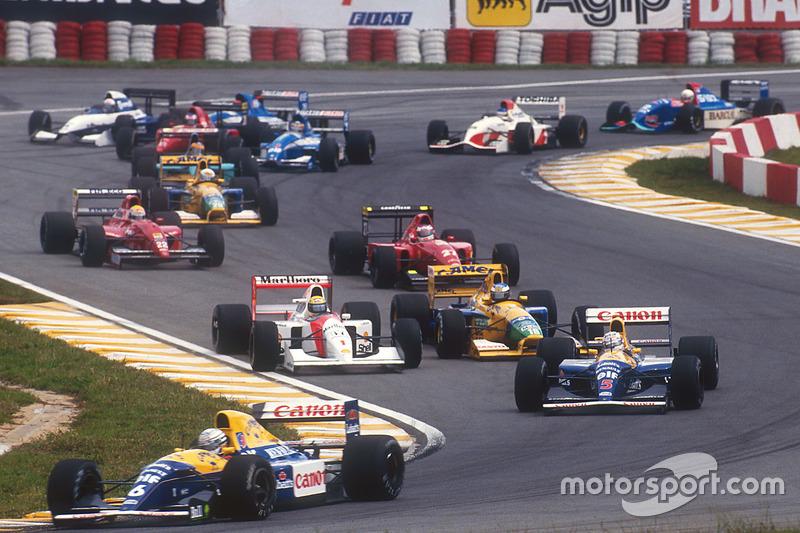 Départ : Ricardo Patrese, Williams Renault, mène devant Nigel Mansell, Williams Renault, Ayrton Senna, McLaren Honda, Michael Schumacher, Benetton Ford