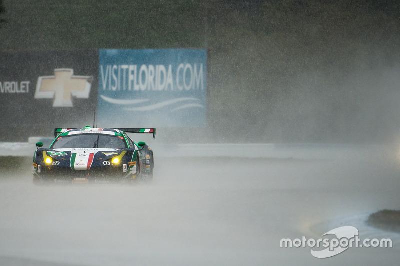 8. #51 Spirit of Race Ferrari 458: Peter Mann, Raffaele Giammaria, Matteo Cressoni