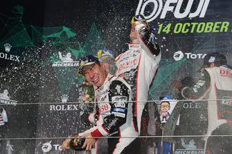 Podium LMP1: winnaar Kamui Kobayashi, Toyota Gazoo Racing