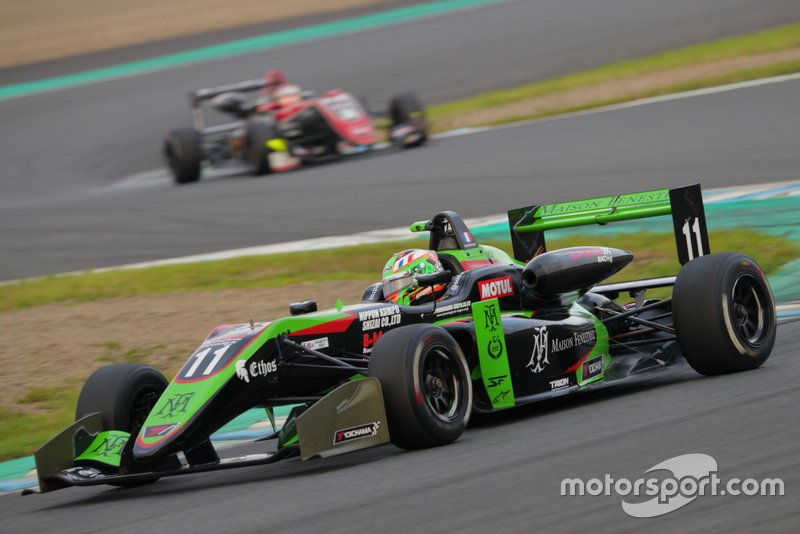 Sacha Fenestraz, B-Max Racing with motopark F3